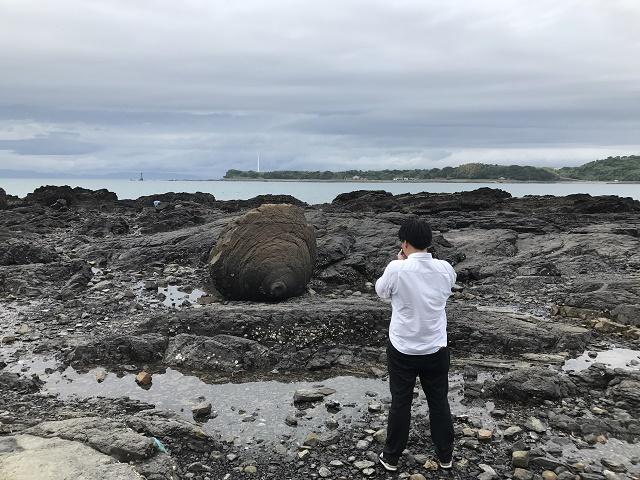 おっぱい岩の撮影