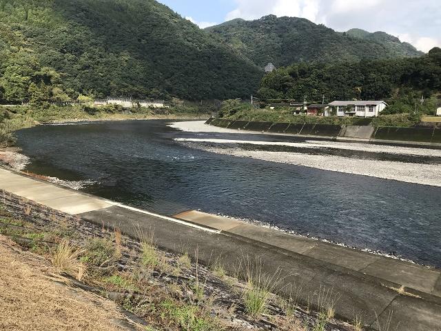球磨川下流を望む