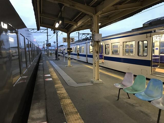 普通列車入線