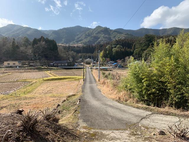 矢岳駅から望む集落